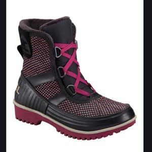 Sorel Pink and Black Tivoli Snow Boot